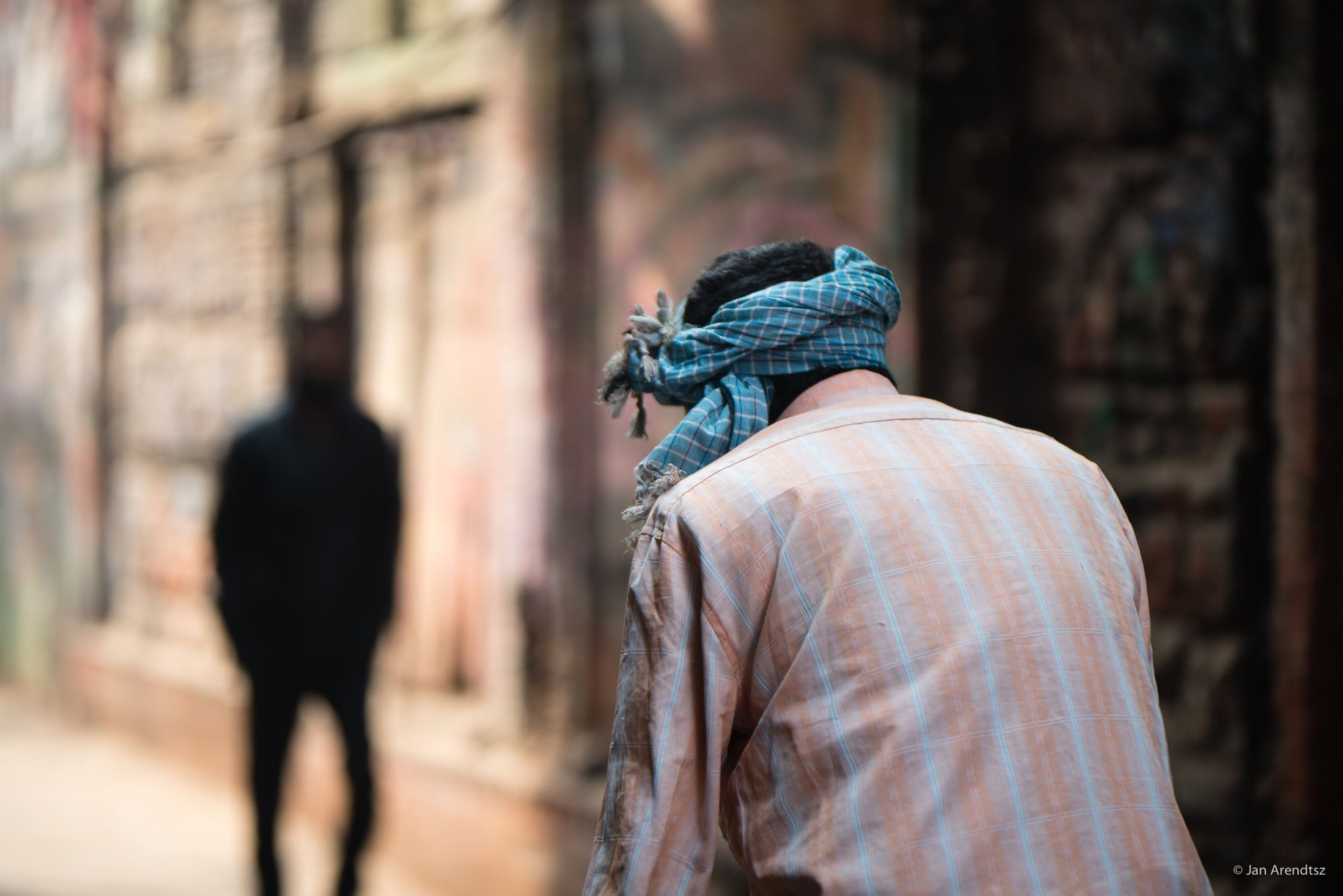 Non-Existent Humans: How Stateless Persons are Forced to Work Informally